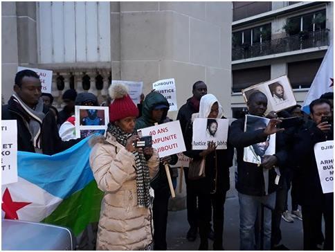 Compte-rendu de la manifestation du 17 décembre 2017 face à l'ambassade de Djibouti à Paris (ARD, Paris, 18-12-17)